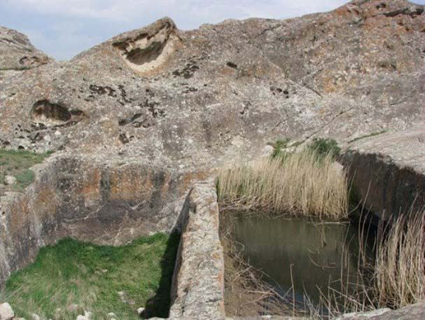 قلعه آدمخوار بوینی یوغون
