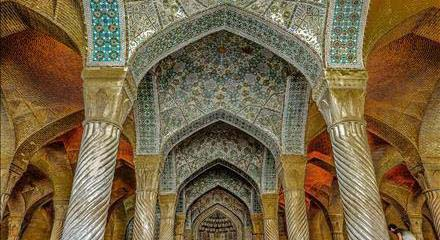 نمای داخلی مسجد وکیل