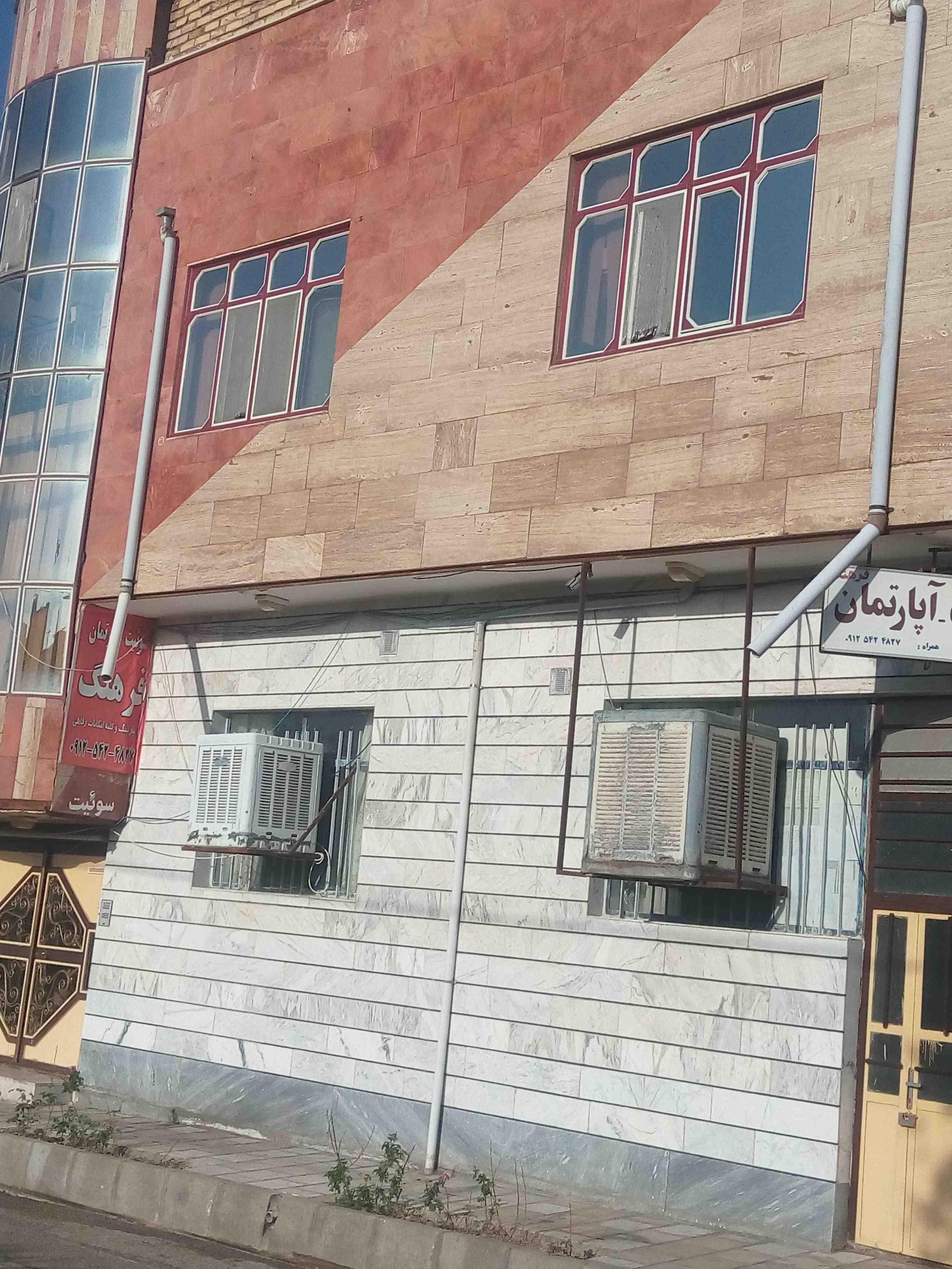 درون شهری آپارتمان مبله دربست در گرماب زنجان