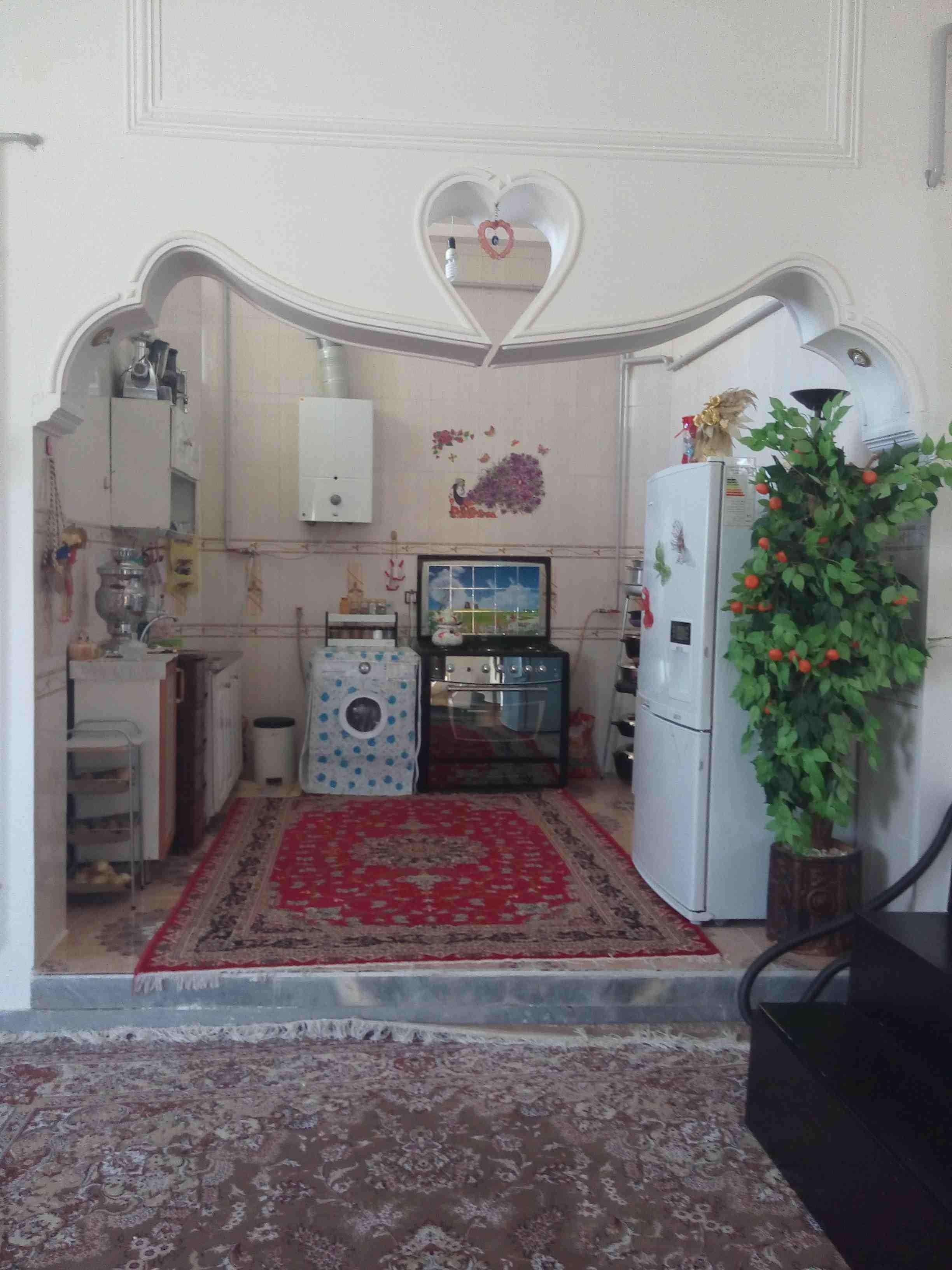 درون شهری آپارتمان مبله دربست گرماب شهر زنجان - دو خواب