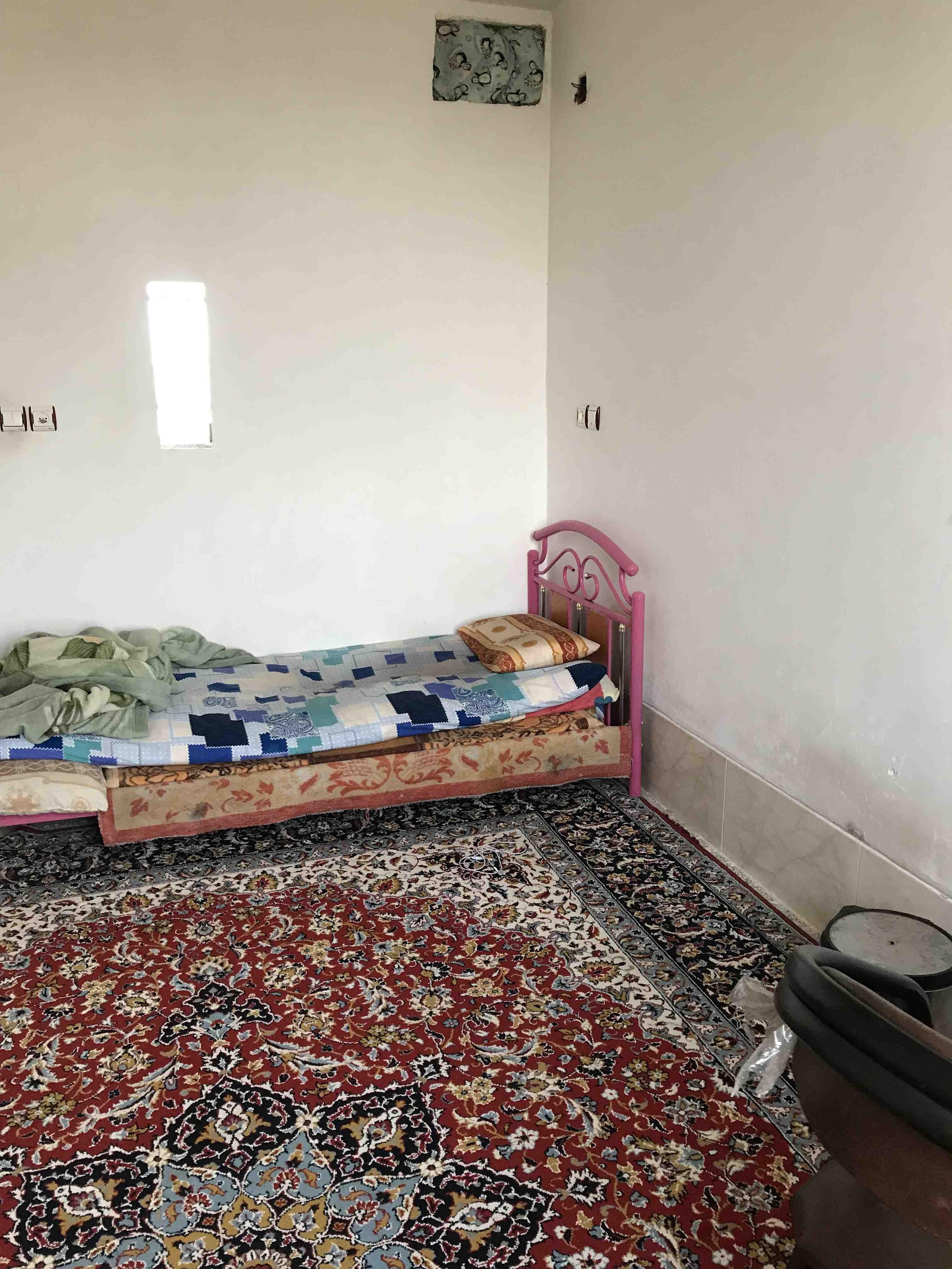 درون شهری خانه اجاره ای دو خوابه در مرودشت