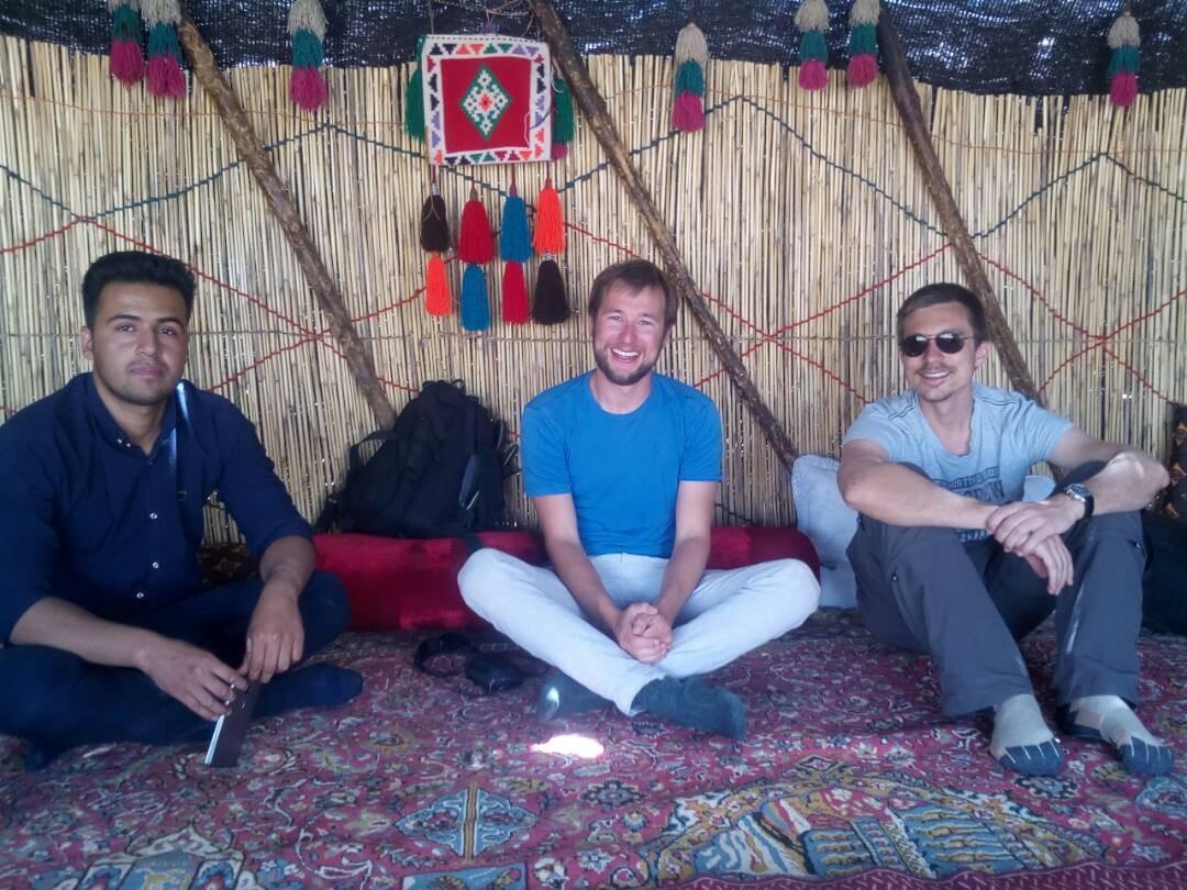 بوم گردی خانه سنتی در سروستان - خمسه