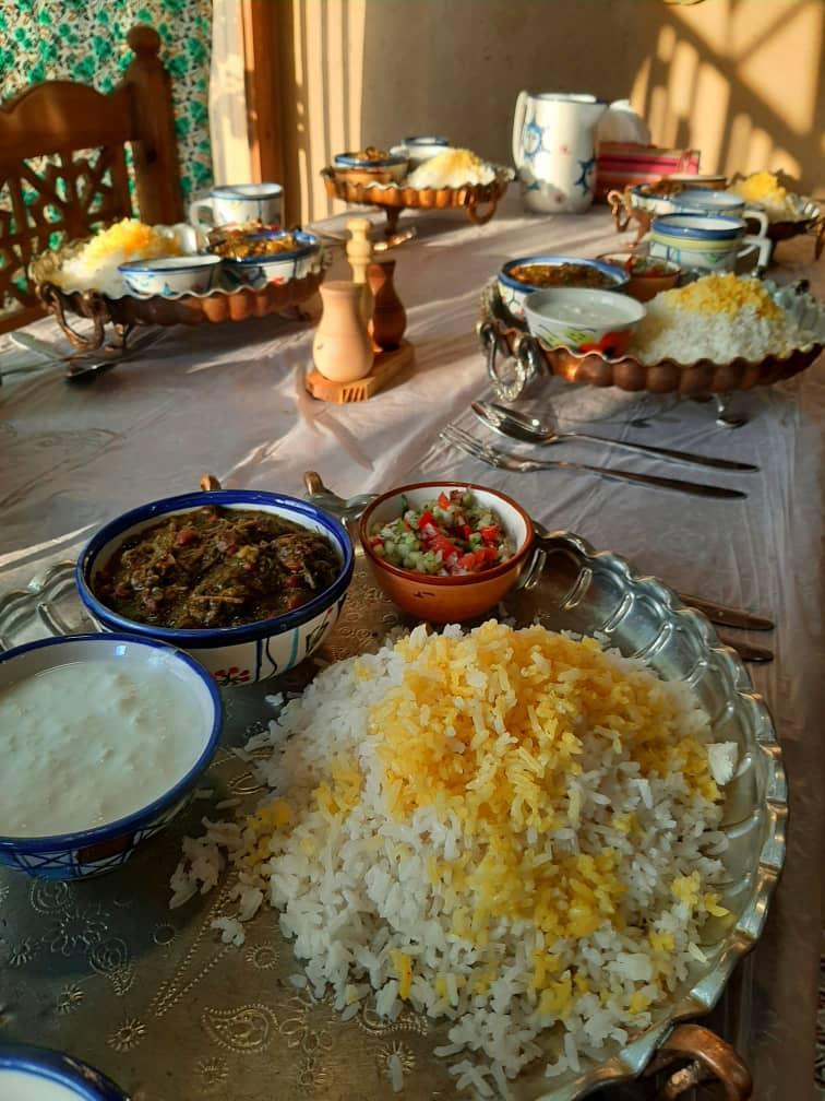 بوم گردی بوم گردی سنتی در مهریز یزد  | اتاق 3تخته