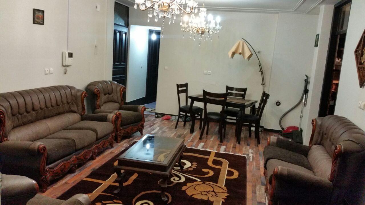 درون شهری آپارتمان مبله در بوستان سعدی اصفهان - طبقه دوم