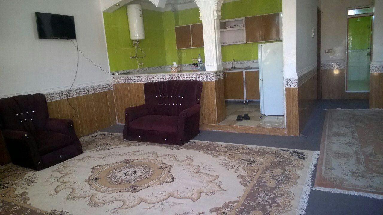 درون شهری 2 خوابه طبقه اول