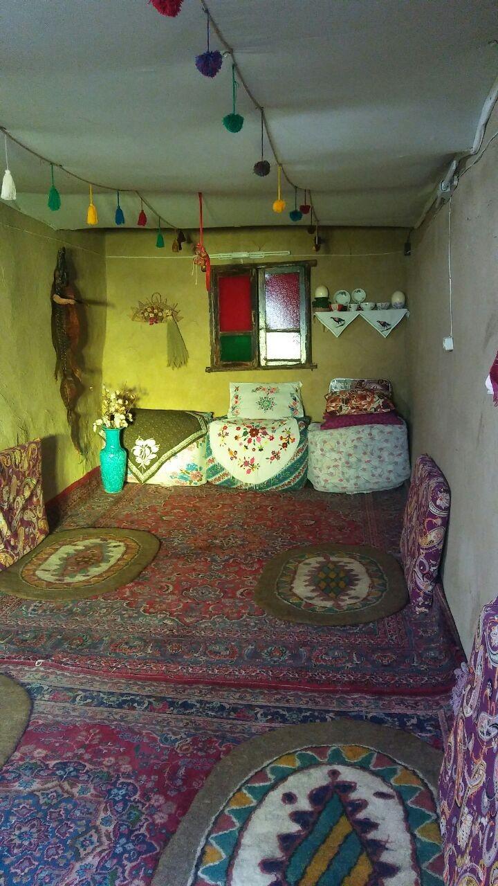 بوم گردی اقامتگاه قلعه امیرخان اتاق نو
