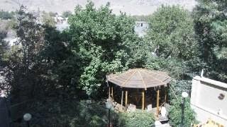 بوم گردی اقامتگاه حاجی خان/خان 2