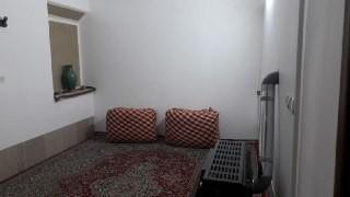 بوم گردی اقامتگاه حاجی خان/خان 3