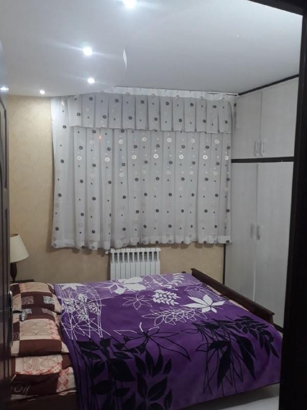 درون شهری 2خوابه طبقه اول
