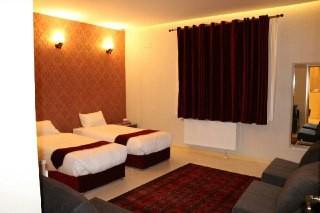درون شهری هتل آپارتمان شیک در سامان - تلفن خانه اتاق 1
