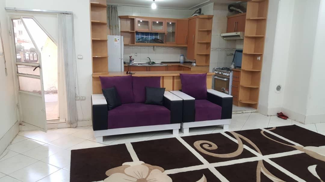 درون شهری آپارتمان حافظ طبقه اول