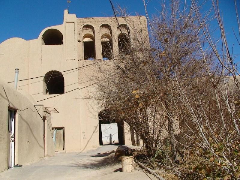 بوم گردی  خانه ی بومگردی قلعه تیزوک در یزد -اتاق 18