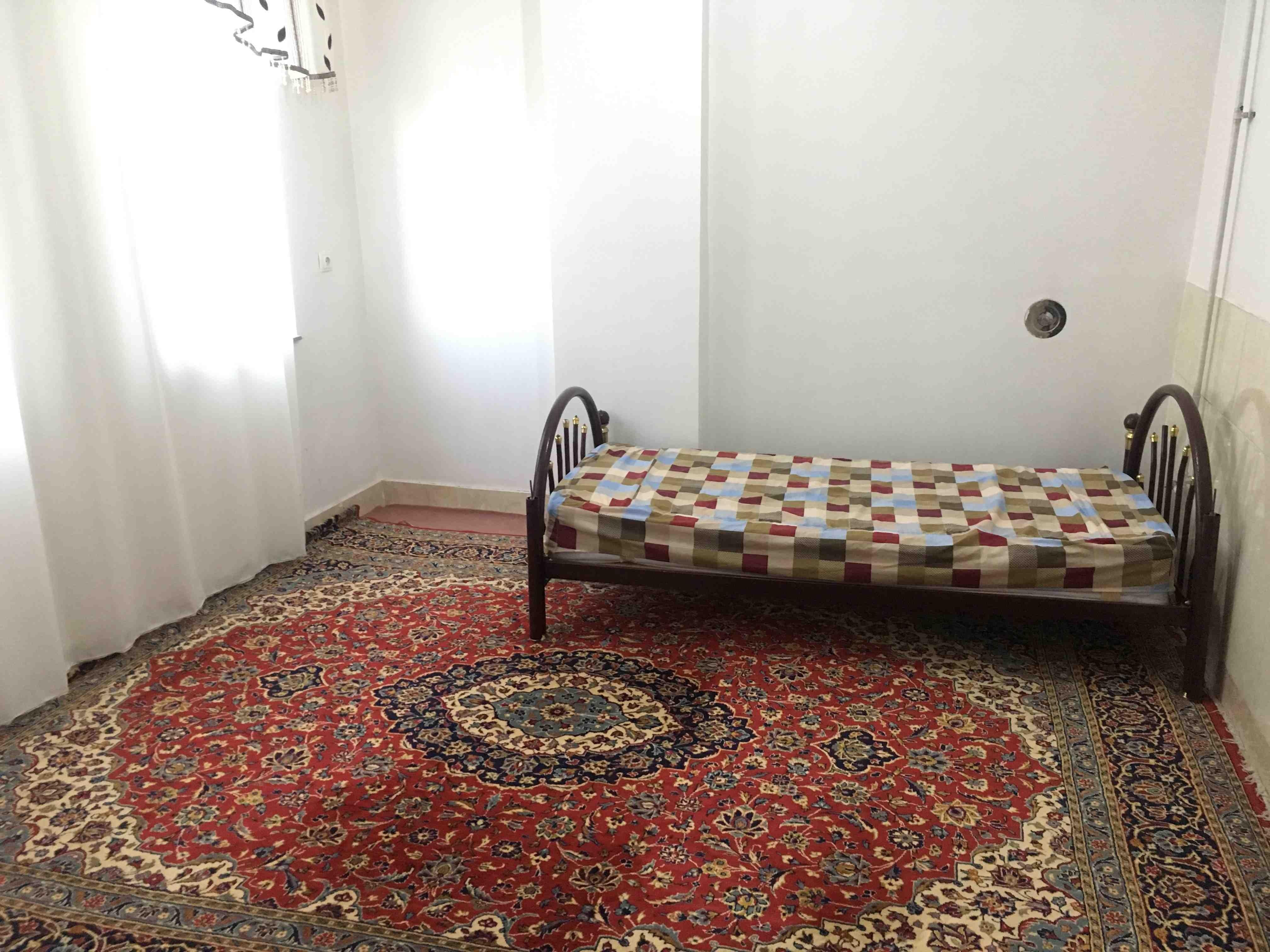 درون شهری آپارتمان مبله دربستی در امیرکبیریاسوج -واحد2