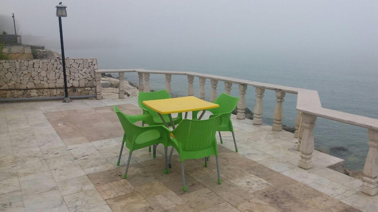 ساحلی منزل ویلایی رو به دریا درنوشهر - 4خوابه