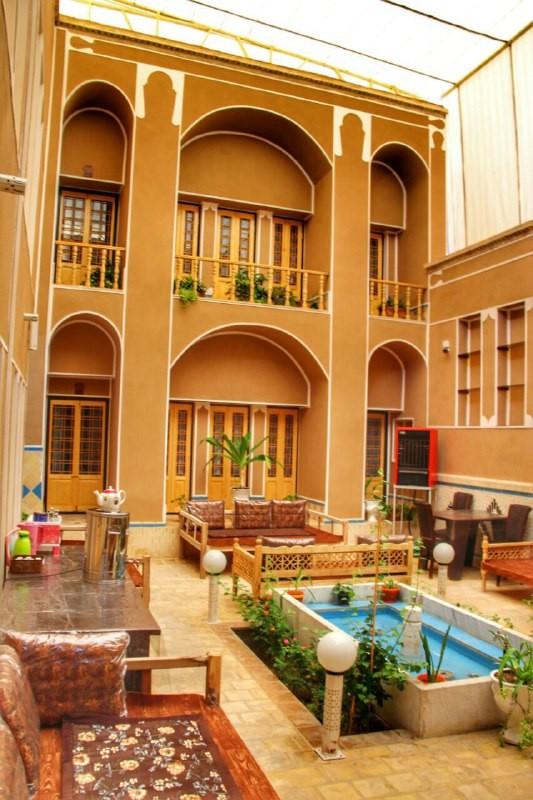 درون شهری الماس یزد اتاق 110