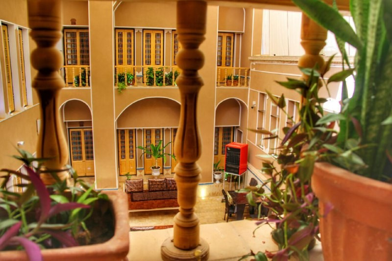 درون شهری الماس یزد اتاق 111