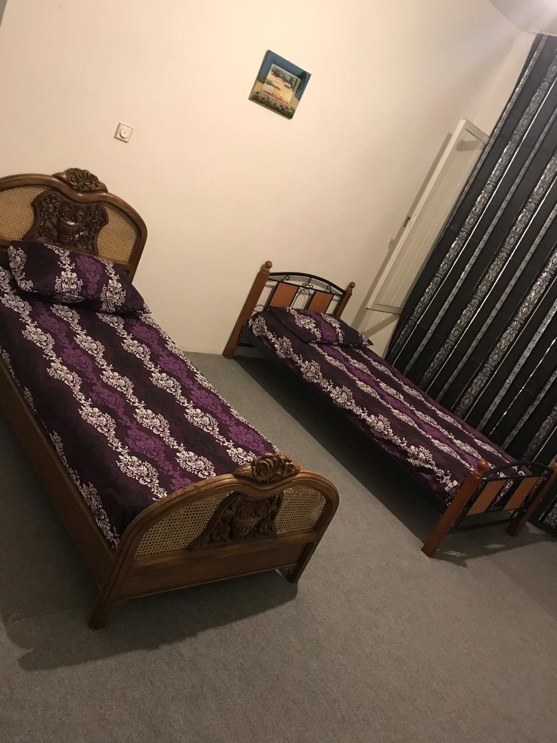 درون شهری سوئیت اجاره ای در آمیرآباد - طبقه دوم