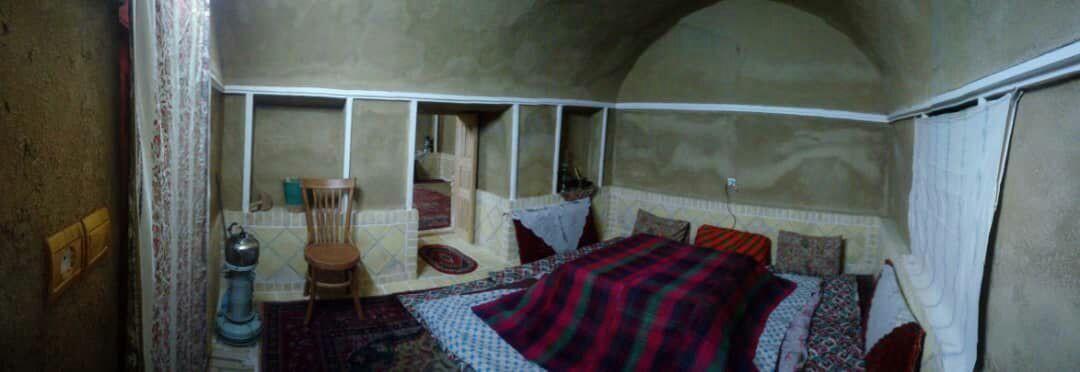 بوم گردی خانه ناصر لشکر 5