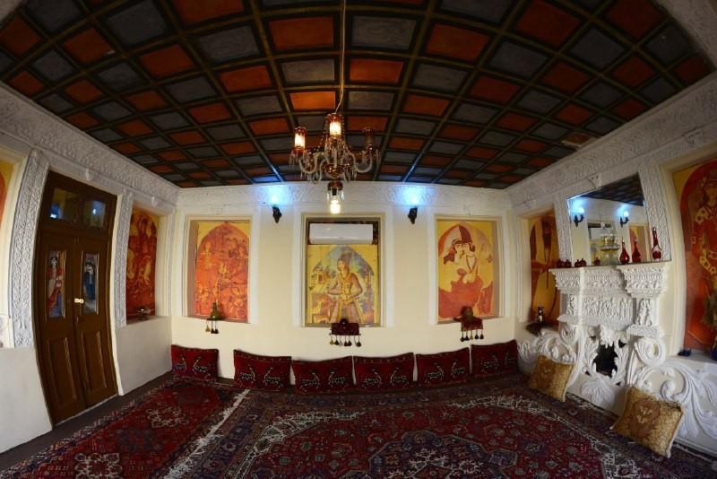 حومه شهر سنتی شیک نارنجستان قوام